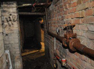 В Одессе любитель легкой наживы наворовал в подвалах труб на три года тюрьмы