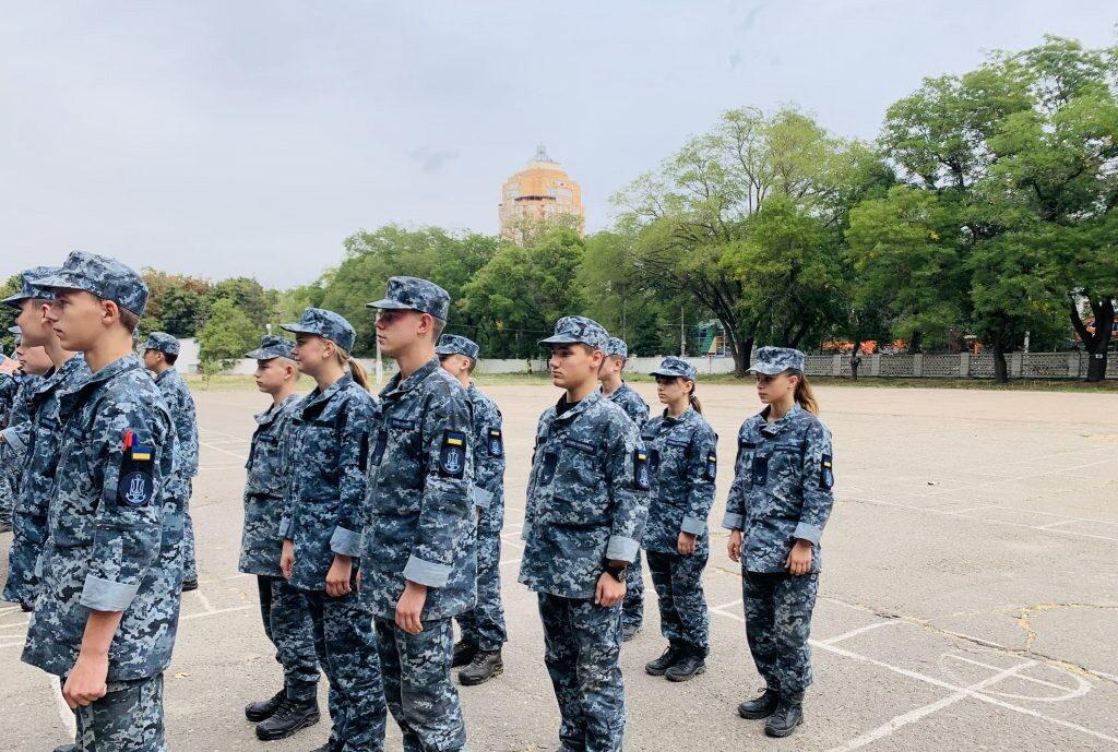 Воспитанников обучают азам военной дисциплины