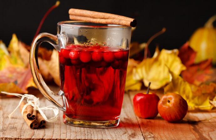 Лучшие рецепты осени: фруктовый чай согреет и поднимет настроение