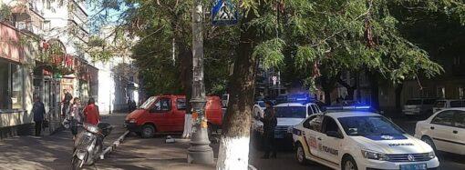 В Одессе столкнулись две полицейские машины: кто составит протокол?