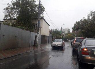 Из-за дождя Одессу сковали пробки