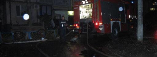 Пожар в одесской многоэтажке: спасены три человека, в том числе ребенок