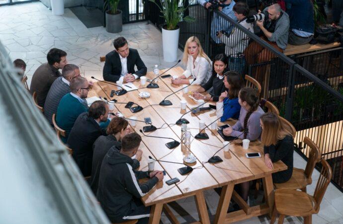 Зеленский проводит пресс-марафон на Киевском рынке еды, построенном одесским ресторатором