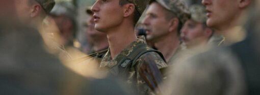 Відтепер без прапорщиків: президент підписав закон про нові звання в армії