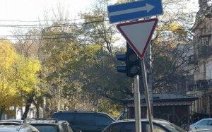В Одессе собираются модернизировать более сотни светофоров (видео)