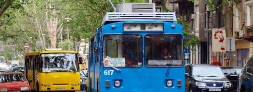 Кондуктору одесского троллейбуса дяде Мише посвятили рассказ