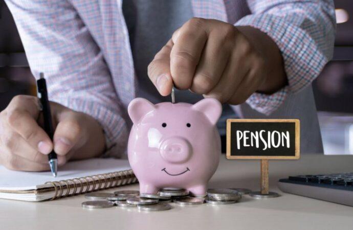 Откладывайте на старость: Кабмин планирует запустить накопительную пенсионную систему