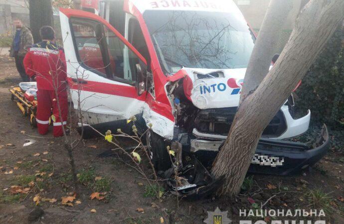 После аварии с участием скорой в Одессе четыре человека попало в больницу