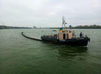Что произошло в Одессе 19 ноября: перекрытие главной дороги и возникновение нефтяного пятна