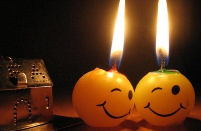 Отключение света в Одессе 28 августа: у кого будет вечер при свечах?