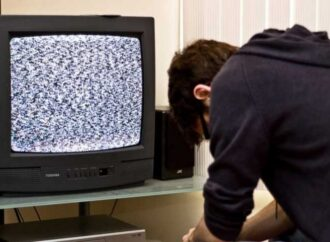 Житель Одесской области зарезал брата, чтобы не мешал смотреть телевизор (видео)