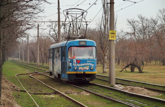 """""""Камышовый"""" трамвай в Одессе не ходит: затоплены рельсы"""