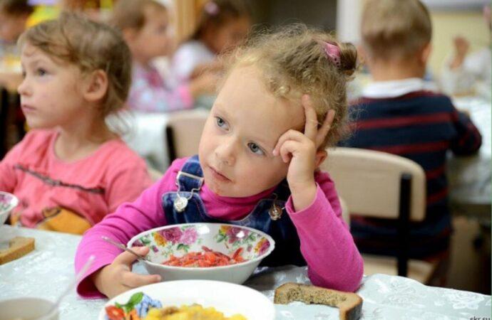 В одесских детсадах хотят ввести новые цены на питание и новое меню