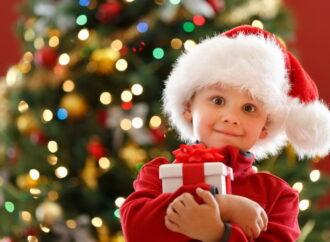Готовимся к новогодним праздникам: что подарить друзьям и близким?