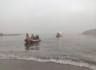 Одеські водолази вилучили речові докази та документацію з танкера Delfi (фото)
