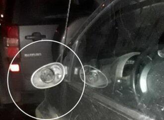 Под следствие в Одессе попал мужчина, крушивший автомобили