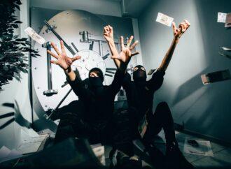 В Одесі неповнолітній разом зі спільником пограбував ломбард на понад півмільйона гривень