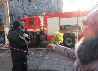Первый день одесского траура: самое страшное — неизвестная судьба пропавших без вести