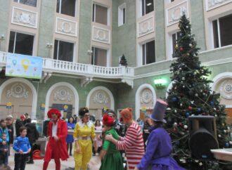 За новогодней сказкой – на Одесский Главпочтамт