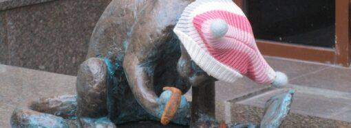 В Одессе увековечили кота Ваську и его любимые кильки в томате