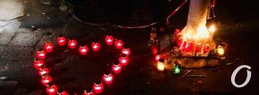«Халатность убивает»: на митинге на Троицкой одесситы потребовали проверить пожаробезопасность общественных зданий