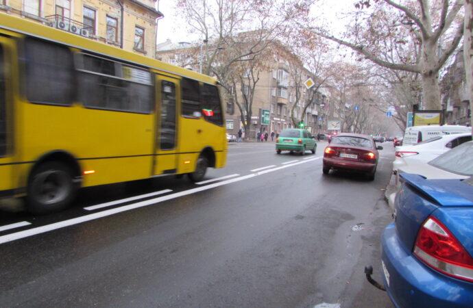Официально: когда возобновит работу общественный транспорт в Украине?