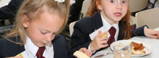 Одесские школы в марте переведут на новую систему питания