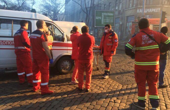 Число пострадавших при пожаре на Троицкой возросло до 32 человек, 16 человек погибло