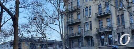 Из-за пожара на Троицкой изменилось движение одесского городского транспорта