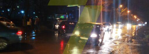 Гонки на окраине Одессы закончились двойной аварией (фото)