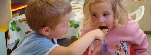 Жителям Одесской области уменьшат оплату за питание в детских садах
