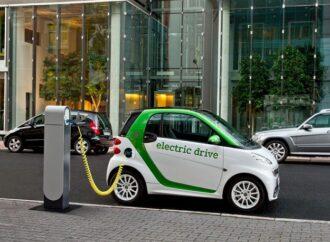 Заправки для электромобилей в Одессе пока убирать не будут