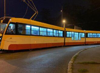 В Одесі у ніч на Водохреща міський транспорт працюватиме у напрямку пляжів: графік руху