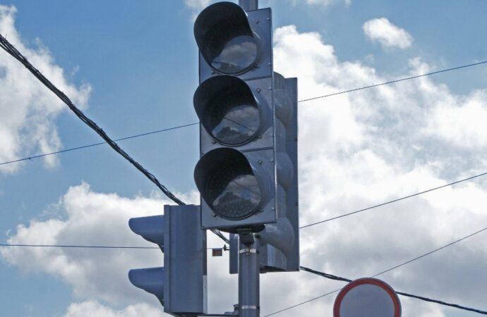 Будьте внимательны: в центре Одессы временно отключили светофоры