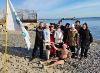 В Одесі моржі відкрили новий сезон купань у 2020 році (фото)