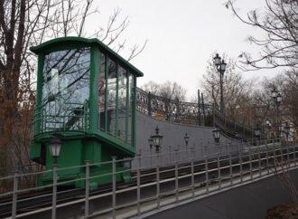 Фунікулер вздовж Потьомкінських сходів не працюватиме до кінця березня