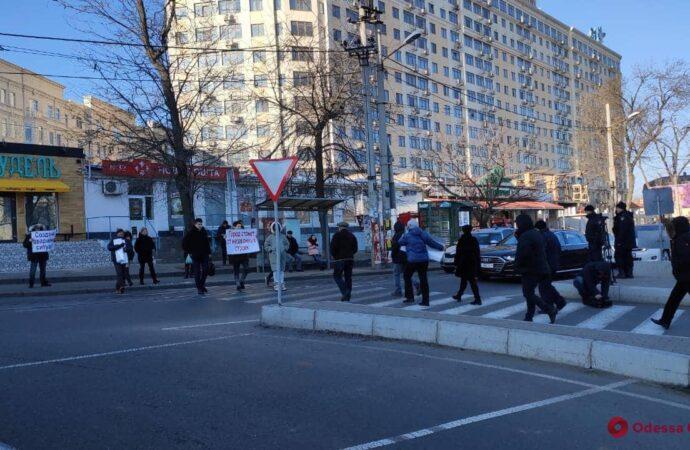 На одесском Фонтане протестовали против строительства апарт-отеля (фото)