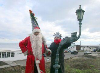 Первый день года на Ланжероне: свежий воздух, много еды и Дед Мороз-пират