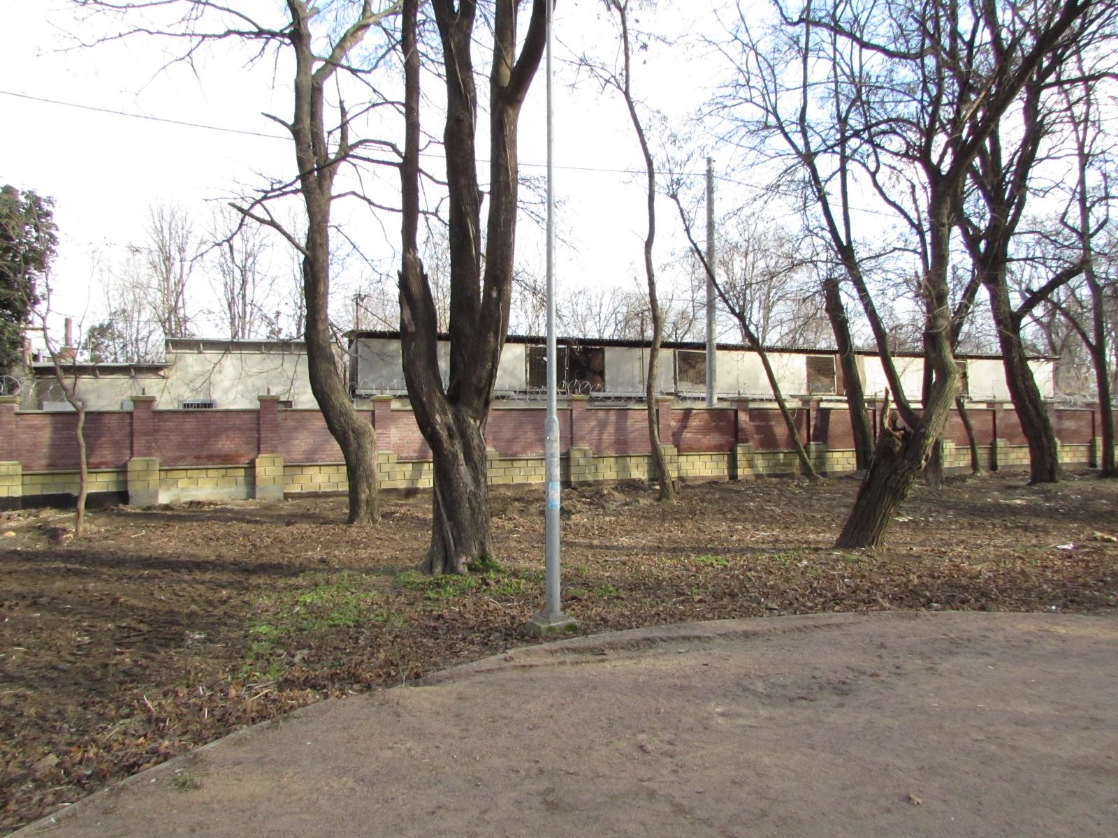 Новый забор, вид со стороны Преображенского парка
