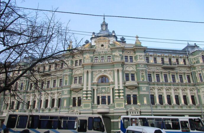 В одесском доме Руссова за несколько миллионов гривен обновят инженерные сети