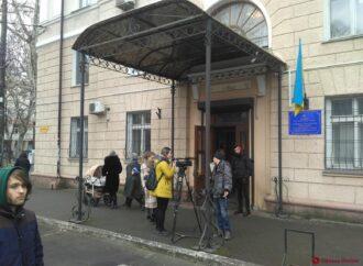 Скандал в одесской налоговой службе: некоторых журналистов не пустили на брифинг главы ведомства