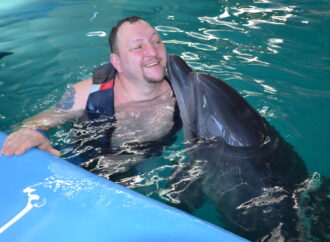 Дельфинотерапия для ветеранов АТО: как военные проходят реабилитацию в Одессе