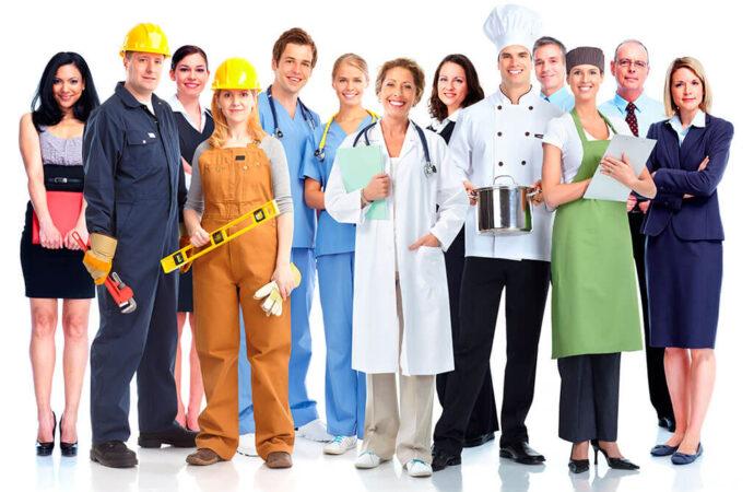 Визажист, дизайнер, оператор дрона: Одесский центр занятости приглашает всех желающих сменить профессию