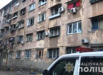 Кинув гранату і втік: в Одесі у гуртожитку стався вибух, постраждало троє людей (відео)