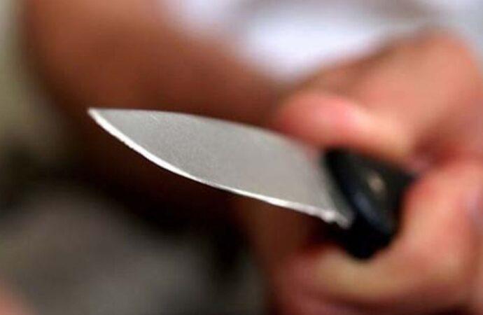 Кілька ударів ножем у сідницю: у магазині в Одесі між відвідувачами сталася різанина