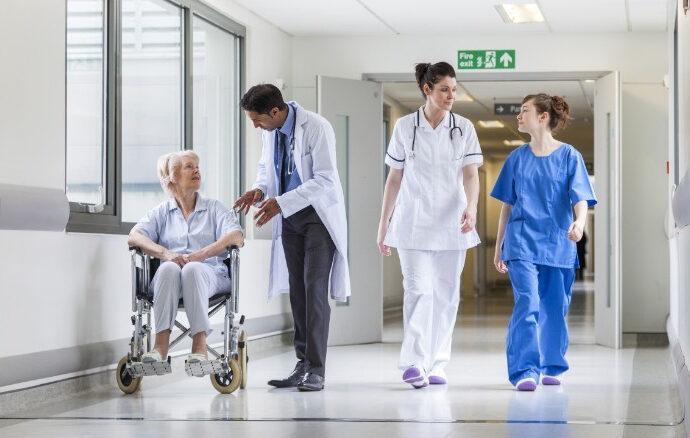 За инсульт — 19 тысяч, за инфаркт — 16: сколько украинцам придется платить за медуслуги