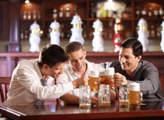 Пить или не пить: как алкоголь влияет на организм после 40 лет?