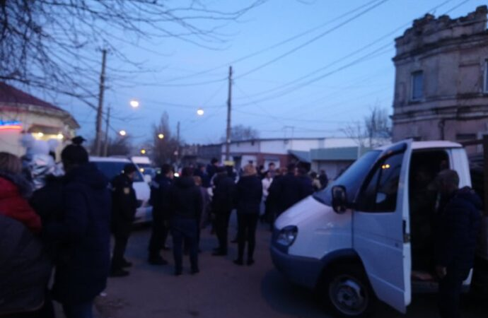 Что произошло в Одессе 26 февраля: последствия урагана и перекрытия дорог