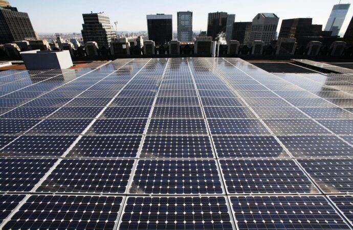 Высотки в Одессе оснастят солнечными батареями и будут торговать излишками энергии