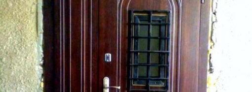 Историческая дверь на одесской улице Пастера: и следов не найти?